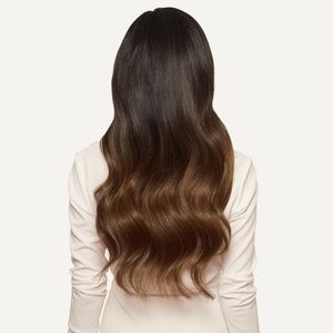New never worn Luxy hair extensions